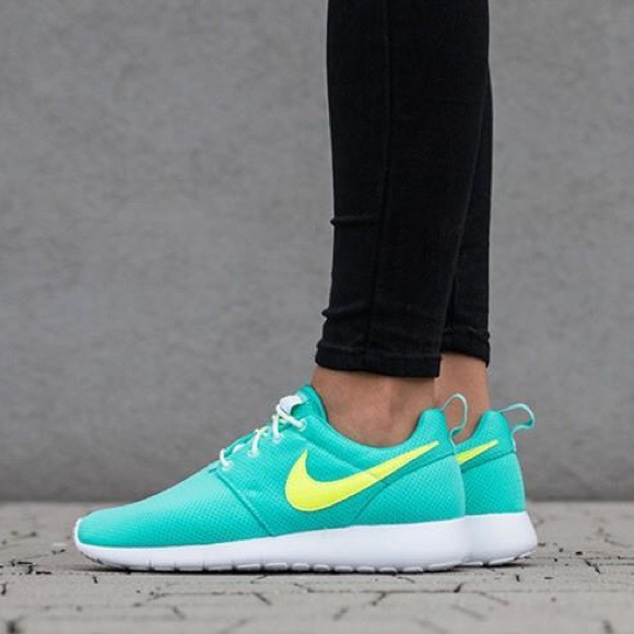 Nike roshe one mint women s shoes running 5a593041c5